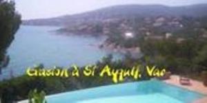 A l'entrée du golfe de St-Tropez,  villa avec piscine, VAR